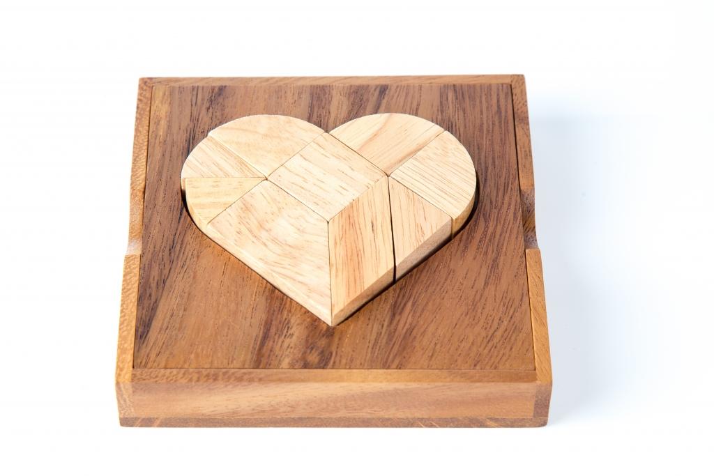 9 pcs. Heart Puzzle